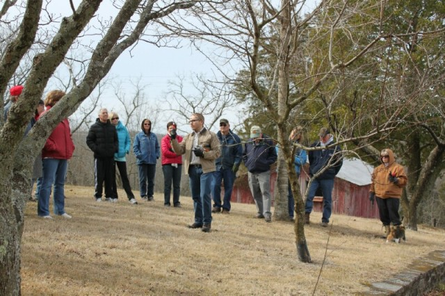 tn_wcmg_pruning_workshop-huddleston-farm-20140214-IMG_9568
