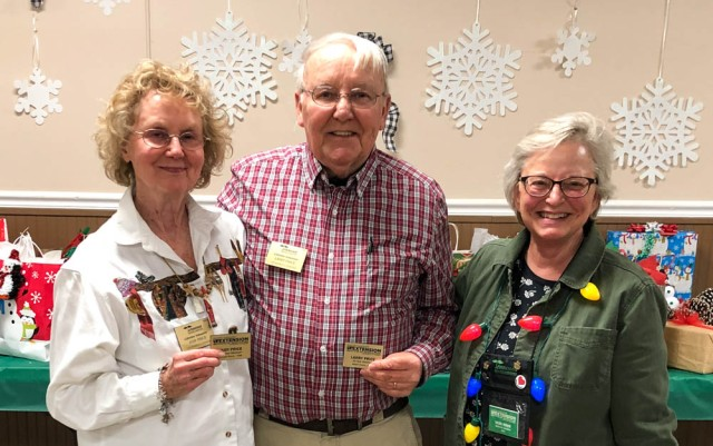 Judy and Larry Price receive 15 year pins